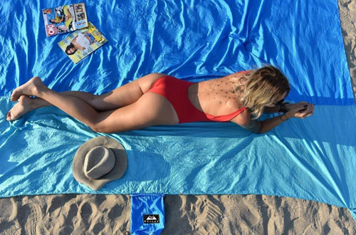 WellaX Sandfree Beach Blanket - Huge Ground Cover