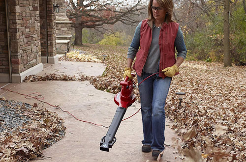 Toro 51621 UltraPlus Electric Leaf Blower & Vacuum with Metal Impeller