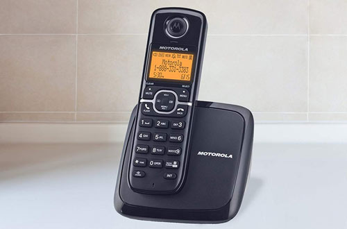 Motorola DECT 6.0 Cordless Phone withHandset and Caller ID