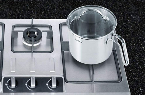 DCIGNA 1.5 Quart Stainless Steel Saucepan With Pour Spout
