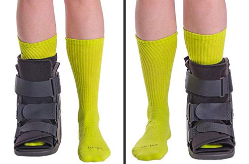 BraceAbility Short Broken Toe Boot -Walker for Fracture Recovery, Protection and Healing