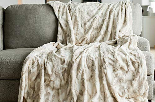 GRACED SOFT LUXURIES Oversized Blanket Cozy Faux Fur